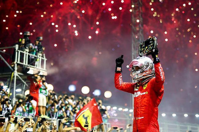 F1新添坡站维特尔夺冠