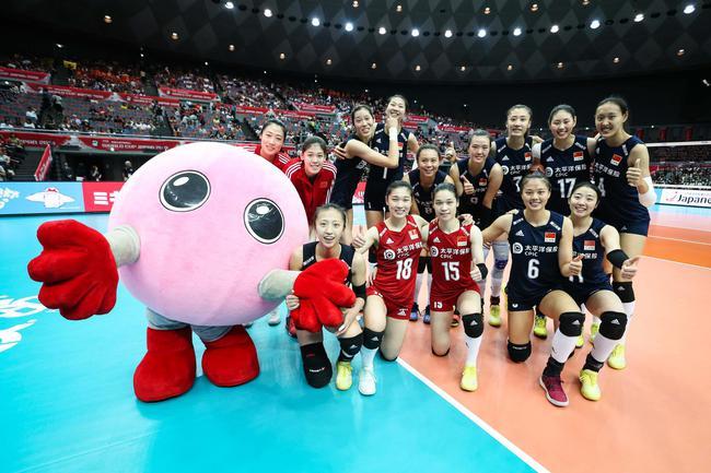 女排世界杯第十日:中国胜塞即夺冠 巴西争铜牌