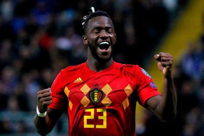 欧预赛-阿扎尔助攻 比利时2-0告捷 8战全胜领跑
