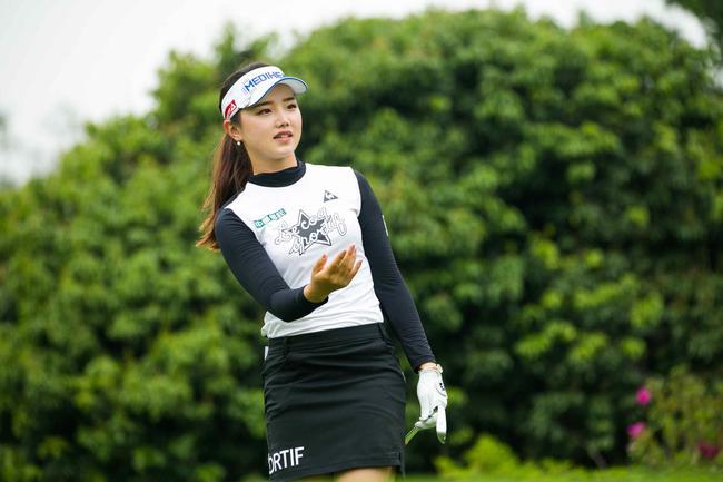 石昱婷姐妹受海贝思影响小 专心战别克LPGA锦标赛