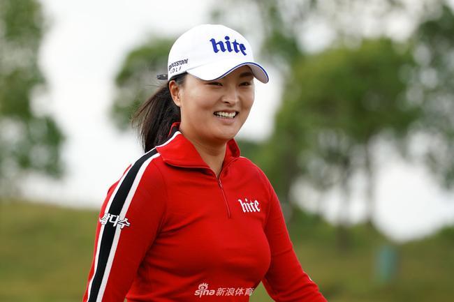 高真荣韩巡夺年度第五胜 LPGA最佳球员奖仍存悬念