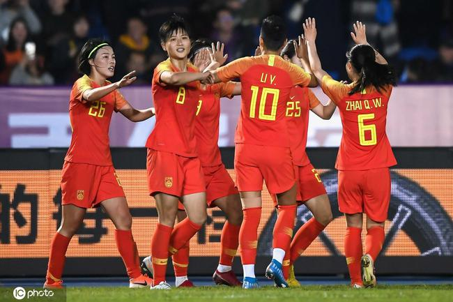 中国女足获胜