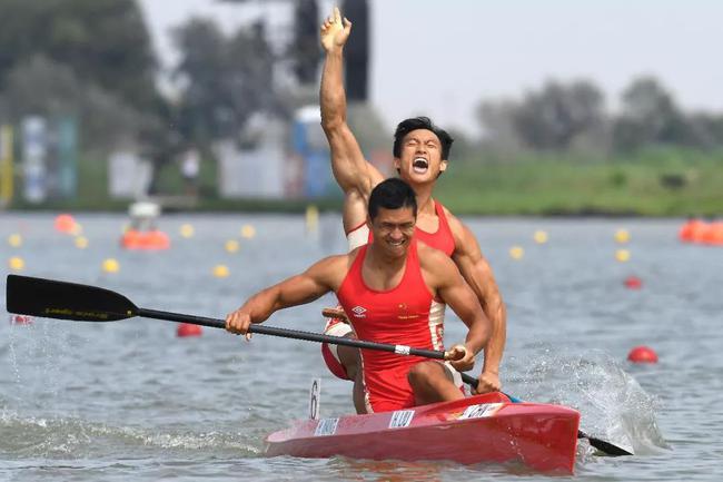 中国皮划艇队和赛艇队