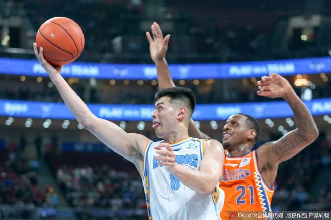 方碩拿下北京國內球員最高的19分