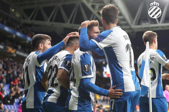西班牙人6-0大胜晋级
