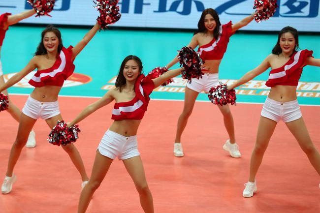 北京女排VS福建赛中花絮 观众急