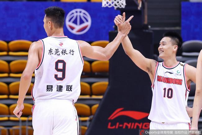 阿联加冕CBA历史得分王 广东大胜全华班天津
