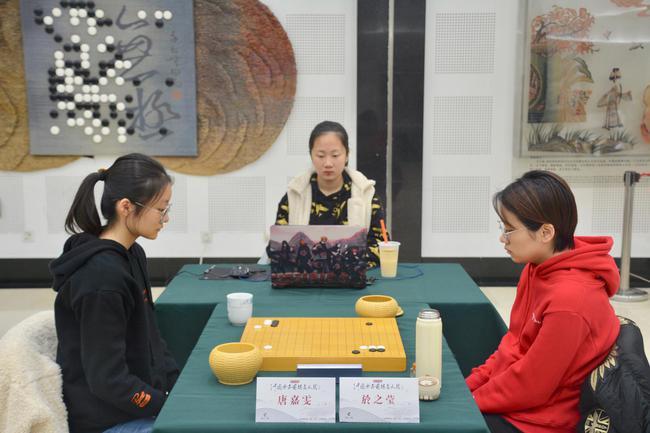 """中国女子围棋:唐嘉雯等""""00后""""小花竞相绽放"""
