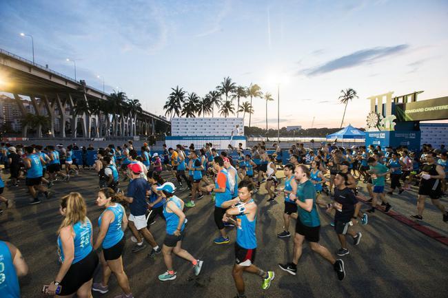 2019新加坡马拉松结束3天赛程
