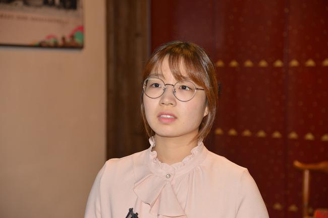 韩国棋手崔精接受采访