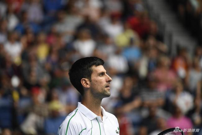 澳网小德横扫老将晋级32强 西西帕斯收退赛礼过关