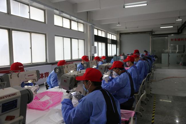 乔丹体育民用口罩生产线