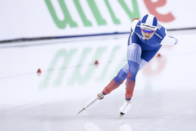 俄罗斯选手沃罗尼娜在比赛中