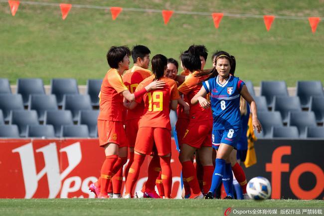 前女足国脚:女足复兴需时间 打韩国心态好就能赢
