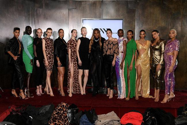 小威第二次亮相纽约时装设计周发布自家时尚系列