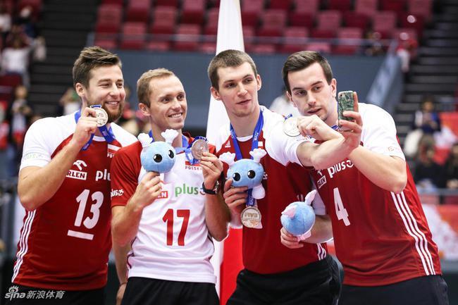 波兰男排主帅:奥运推迟不气愤 是一个合理的决定