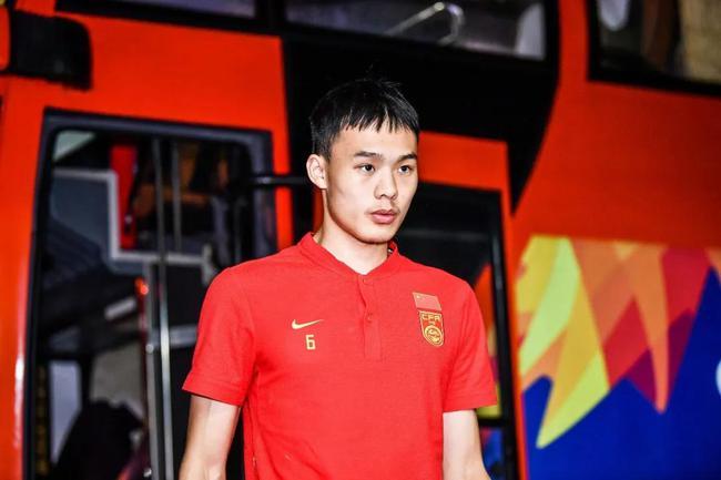 刘若钒:施蒂利克对我不错 国奥无缘奥运感觉很难受