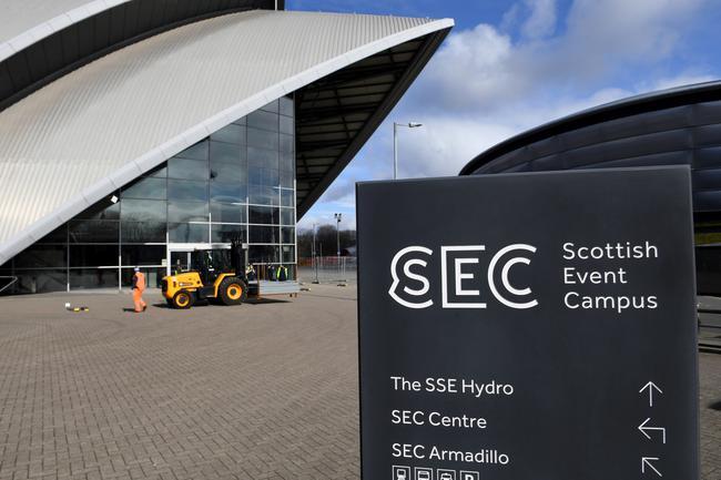 英国继续征用体育场馆 三届英联邦场馆被改建方舱