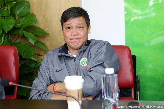 范志毅:希望后辈踩着我们肩膀 改变要靠足球人自己