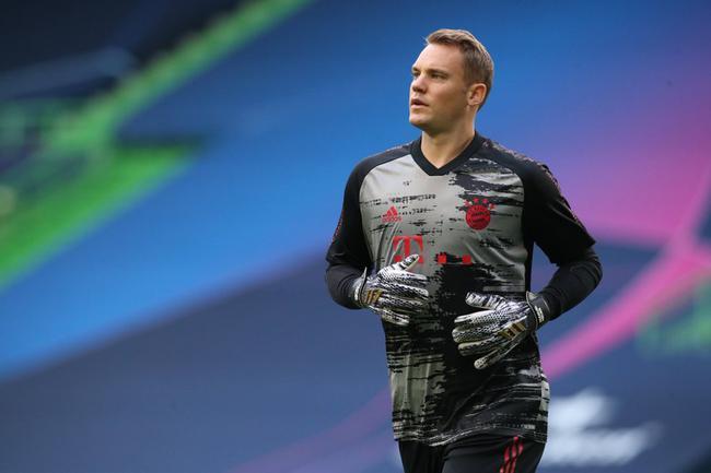 欧冠拜仁vs里昂首发阵容:莱万穆勒PK德佩科尔内