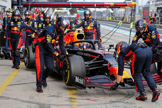 F1| 罗斯伯格:明年我在红牛不会看到阿尔本了
