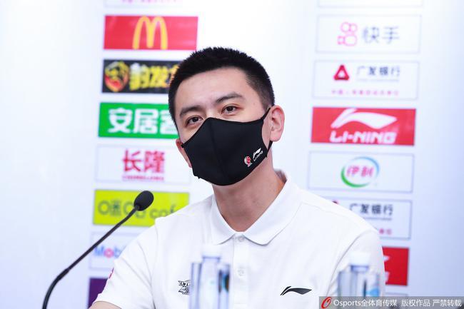 张镇麟连砍高分杨鸣却不在乎:更看重他的防守