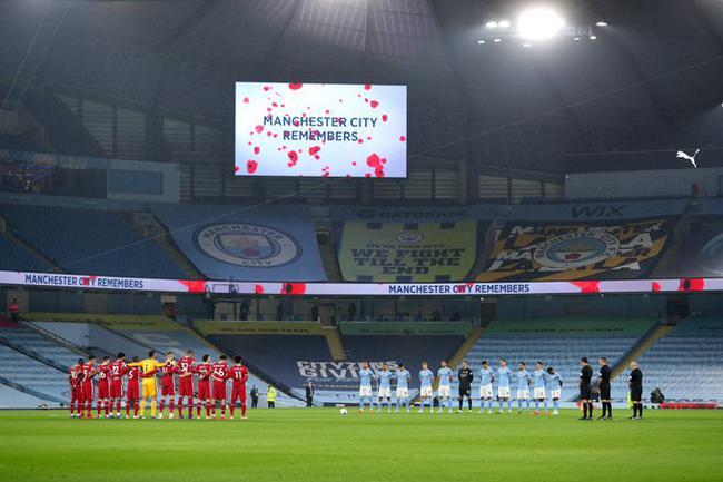 英超-萨拉赫进球丁丁助攻丢点 曼城半场1-1利物浦