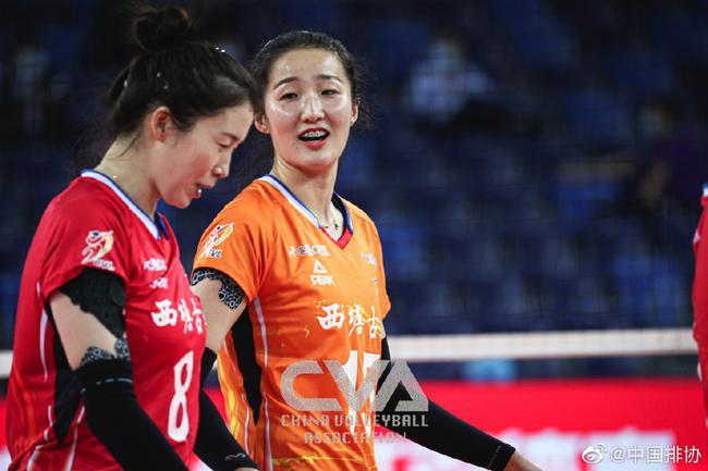 天津女排3-0胜双外援广东 朱婷首秀李盈莹得分王