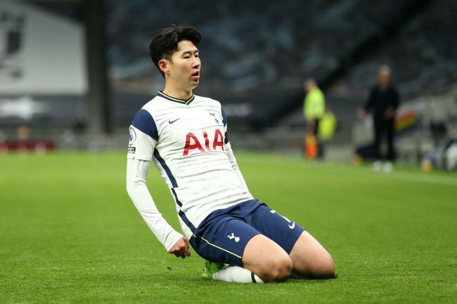 英超-孙兴慜闪击 凯恩助攻 热刺2-0胜曼城升榜首
