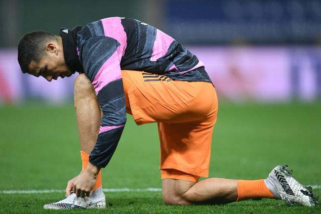 意甲-C罗2球 莫拉塔1射2传 尤文4-0客胜距榜首1分