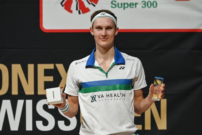 瑞士赛阿塞尔森夺2021第三冠 马林横扫辛杜封后