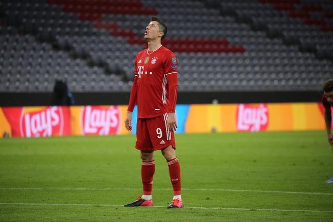 欧冠小组头名7队晋级5队双杀史上第二 仅尤文落单