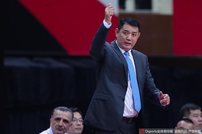 15抢断迫使广州20次失误 山东用防守杀死比赛
