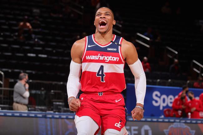 威少正式成为NBA三双王 182次三双历史第一人