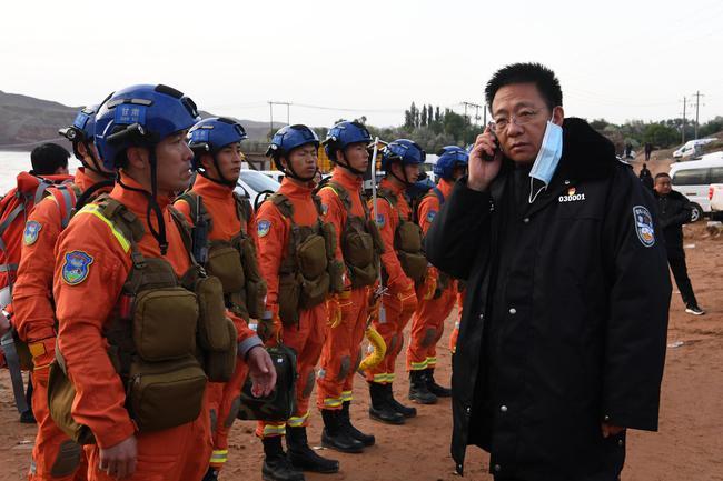 甘肃景泰山地马拉松搜救结束 历时约24小时