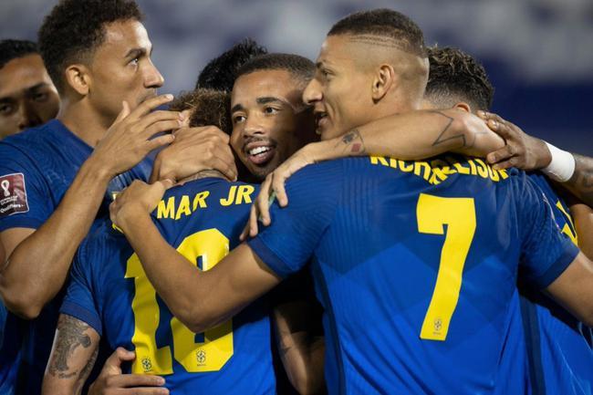 世预-内马尔闪击+补时助攻米兰旧将 巴西2-0客胜