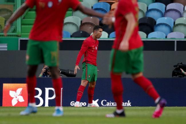 C罗国家队104球逼近世界纪录 欧洲杯冲击各项纪录