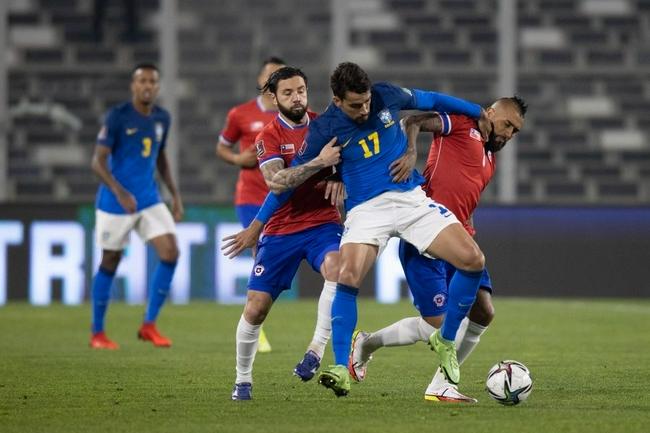 世预赛-内马尔造致胜球 巴西半主力客擒智利7连胜