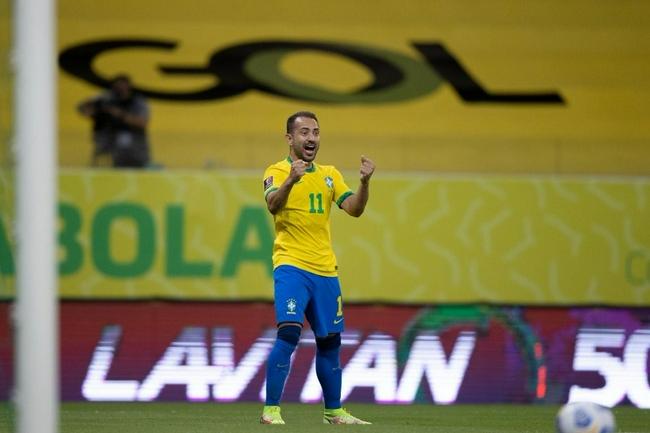 世预赛-内马尔传射+染黄停赛 巴西2-0夺8连胜领跑