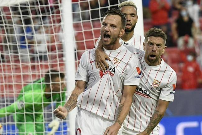 歐冠-19歲小將獨造3點球 10人塞維利亞1-1主場平