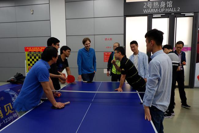 乒乓球赛现场