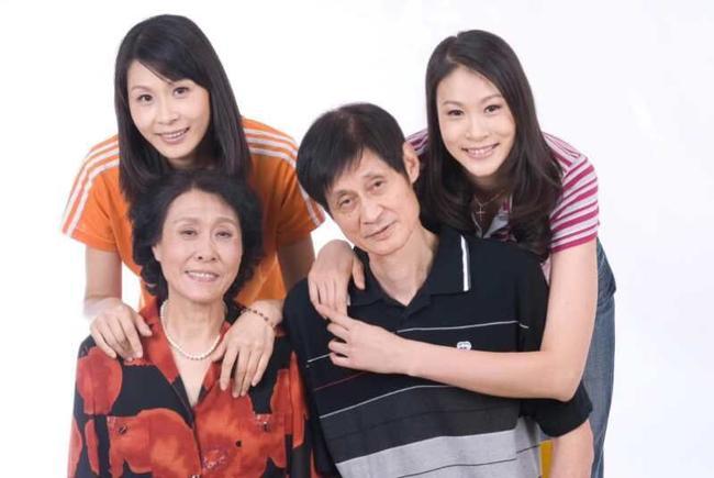 赵蕊蕊做客央视谈与家人故事:感谢父母的支持