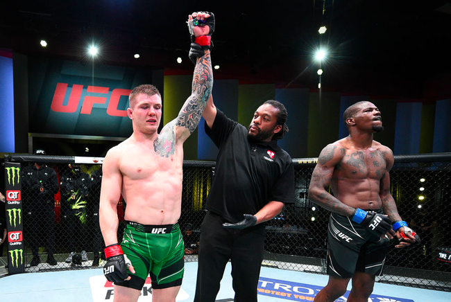 UFC格斗之夜:维托里VS霍兰德赛事综述