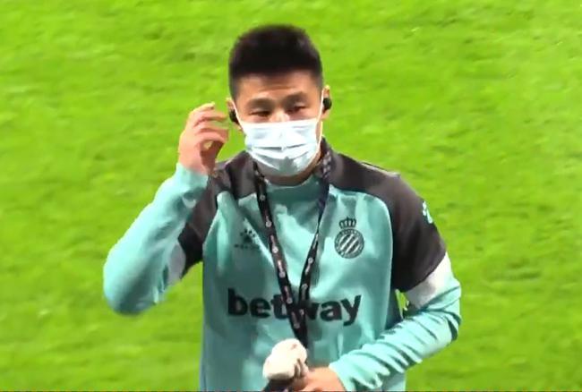 西乙-武磊替补出场 西人终场前连丢球遭逆转1-2负