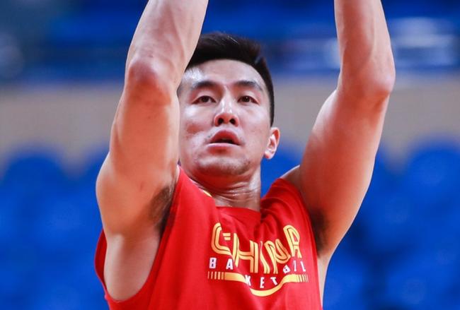 郭艾伦20+5周琦6分 中国男篮敢打敢拼负国王