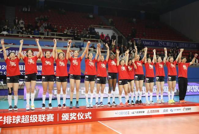 王宝泉:队员们都很努力 朱婷也非常努力她圆了梦