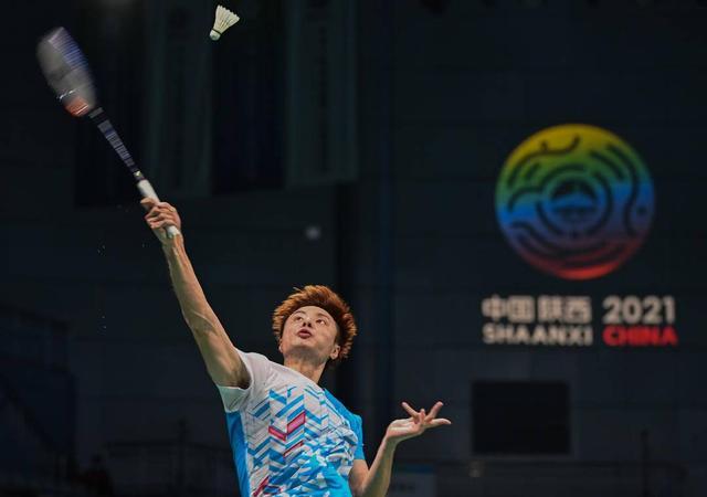 石宇奇后發制人晉級男單4強 何冰嬌橫掃進半決賽