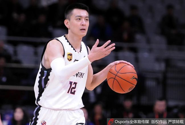 老将杨鸣给了辽宁队很大的帮助