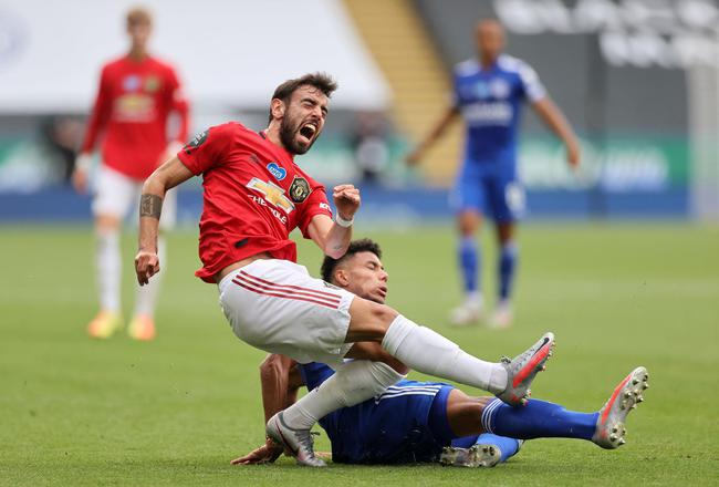 英超-红魔弃将送红点 B费进球 曼联2-0客胜夺第三
