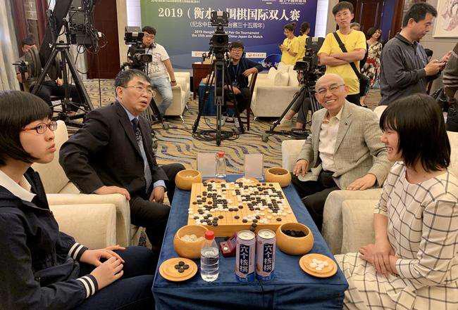 亚博:围棋创造体育外交新奇迹 擂台赛见证中日友好